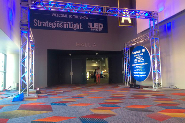 Strategies in light 2015 в Северной Америке
